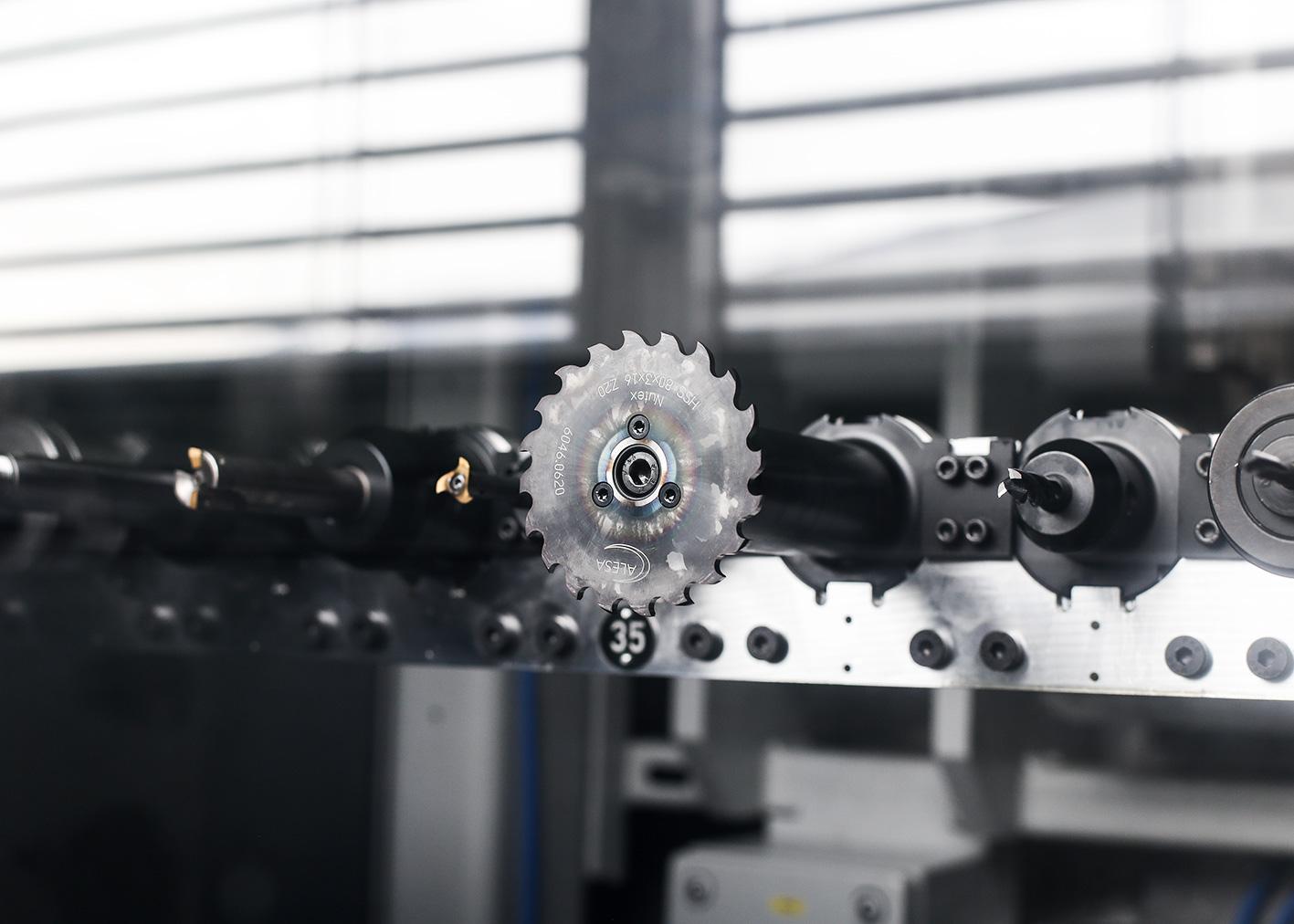 reiden RX10 fraisage outils atelier reco mecanique valais salgesch